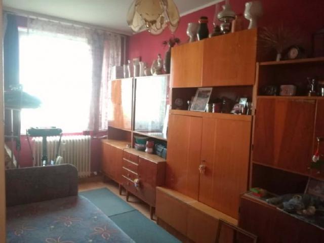 Eladó panellakás, Debrecenben, Domokos Lajos utcában 24.9 M Ft