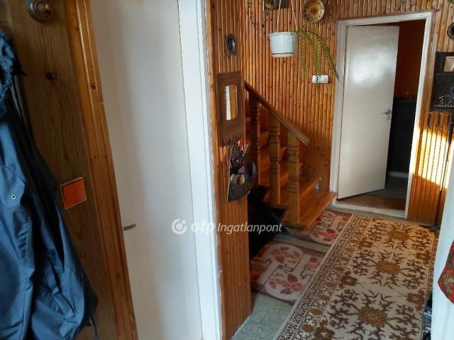 Eladó családi ház, Mályin 29.9 M Ft, 3+2 szobás