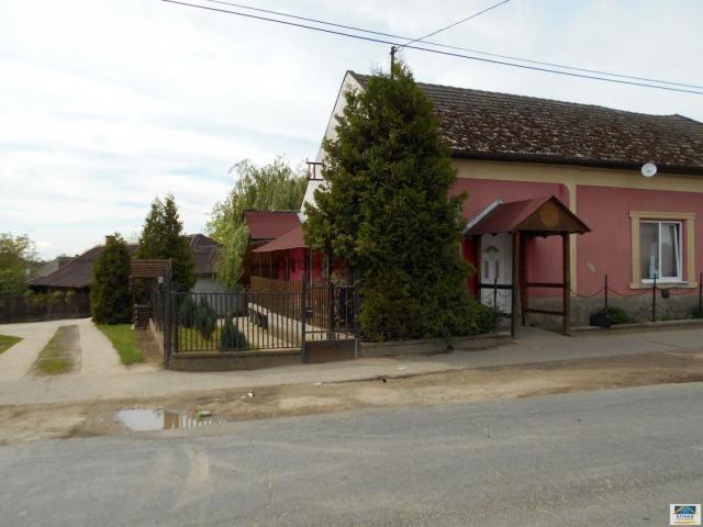 Eladó családi ház, Szabolcsveresmarton 9.5 M Ft, 2 szobás