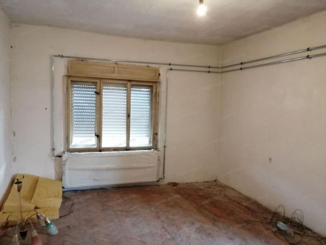 Eladó családi ház, Ágasegyházán 13.5 M Ft, 3 szobás