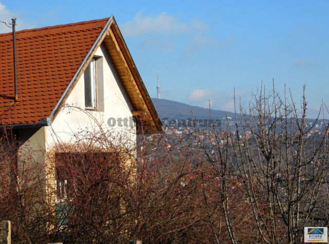 Eladó Telek Pécs