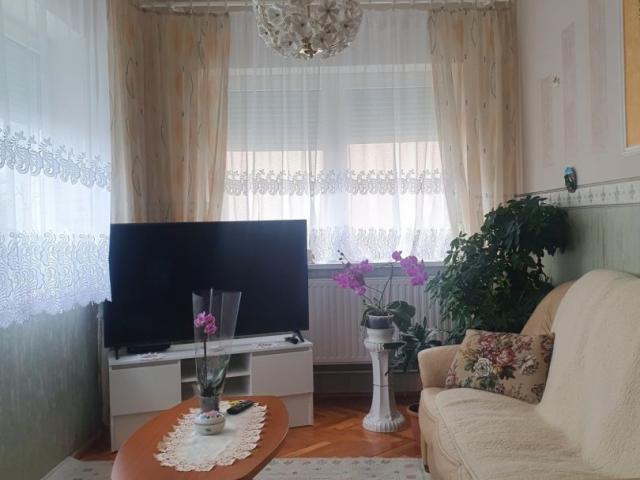 Eladó családi ház, Hegyeshalomban 44.99 M Ft, 3 szobás