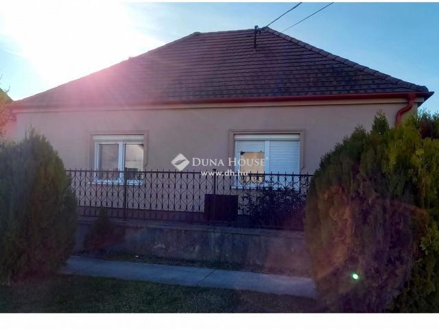 Eladó családi ház, Ásványrárón 38.9 M Ft, 4 szobás