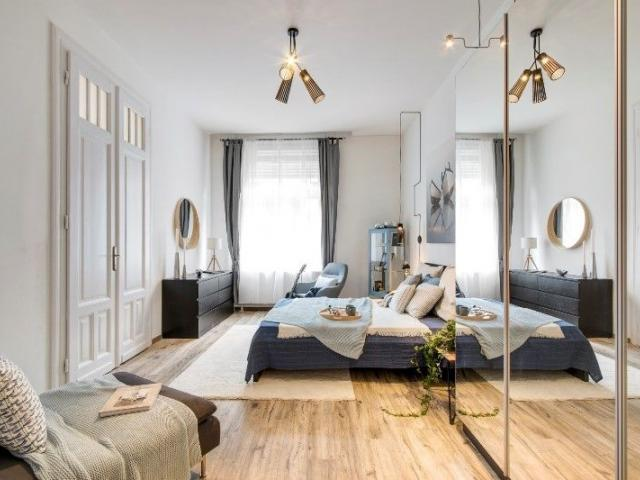 Eladó téglalakás, Budapesten, V. kerületben 89.9 M Ft, 3 szobás