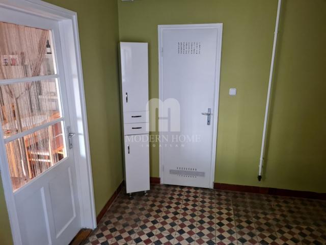 Eladó családi ház, Isztiméren 18.5 M Ft, 1 szobás