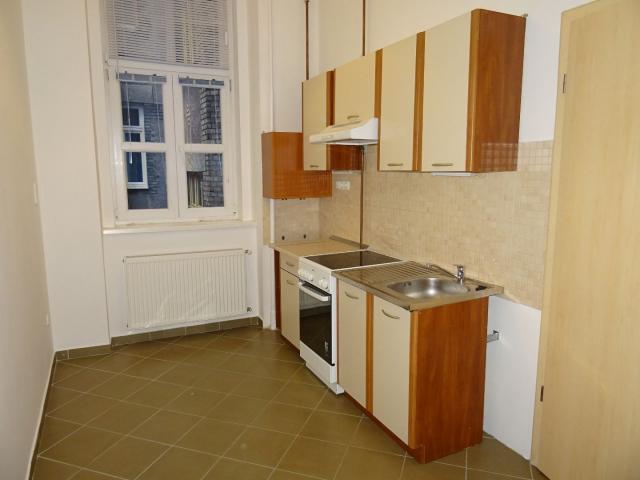 Eladó téglalakás, Budapesten, VIII. kerületben 24.6 M Ft
