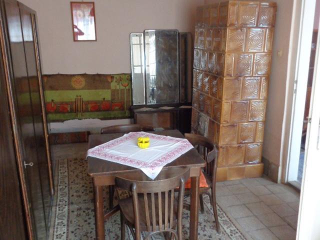 Eladó családi ház, Kemecsén 4 M Ft, 2 szobás