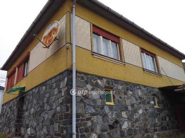 Eladó családi ház, Mátramindszenten 11 M Ft, 6 szobás