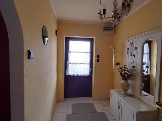Eladó családi ház, Abasáron 28.9 M Ft, 3 szobás