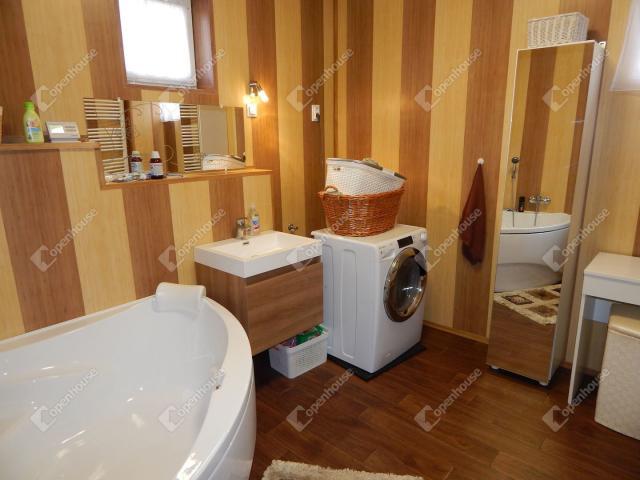 Eladó családi ház, Szilvásváradon 49.5 M Ft, 5 szobás