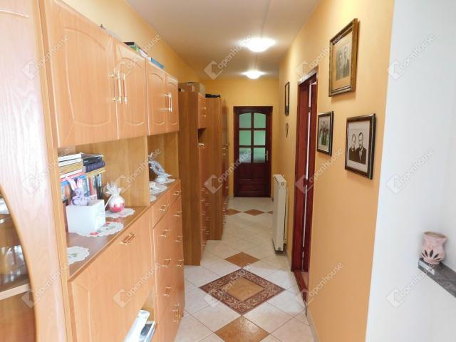 Eladó családi ház, Bogácson 129 M Ft, 11 szobás