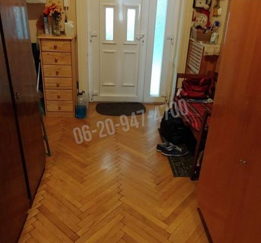 Eladó téglalakás, Budapesten, II. kerületben, Kavics utcában