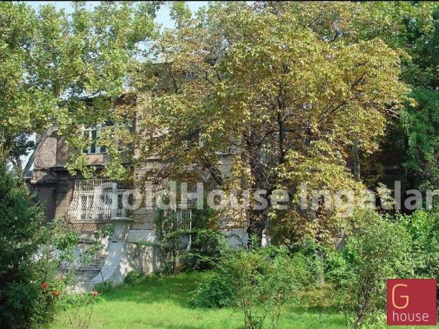 Eladó családi ház, Budapesten, X. kerületben 380 M Ft, 6 szobás