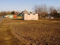 Eladó telek, Zichyújfaluban 4 M Ft, 3 szobás