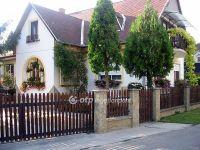 Eladó családi ház, Balatonlelleén 98 M Ft, 5+1 szobás