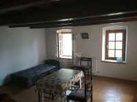 Eladó családi ház, Zalaszentgróton 10 M Ft, 3 szobás