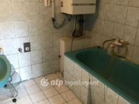 Eladó családi ház, Győrött 37.9 M Ft, 4 szobás