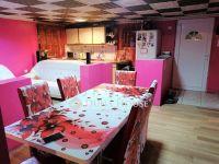 Eladó családi ház, Zsámbokon 9.8 M Ft, 2+3 szobás