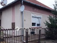 Eladó családi ház, Vésztőn, Jókai utcában 6.7 M Ft, 3 szobás