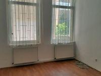 Eladó téglalakás, Debrecenben 31.5 M Ft, 2 szobás