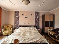 Eladó családi ház, Sopronban 56.99 M Ft, 7 szobás