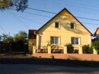 Eladó családi ház, Egerben 57 M Ft, 5 szobás