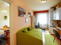 Eladó panellakás, XV. kerületben 31.4 M Ft, 2+1 szobás