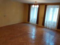 Eladó családi ház, Veszprémben, Óváros téren 110 M Ft