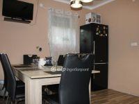Eladó családi ház, Abádszalókban 15.5 M Ft, 2 szobás