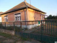 Eladó családi ház, Gyulaházán 4 M Ft, 3 szobás