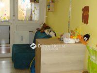 Eladó panellakás, Veszprémben 23.8 M Ft, 1+2 szobás