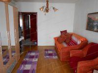 Eladó panellakás, Kaposváron 16.2 M Ft, 2+1 szobás