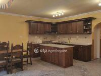 Eladó családi ház, Alsónémediben 79.98 M Ft, 5+1 szobás