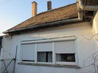 Eladó családi ház, Kerekin 18 M Ft, 4 szobás