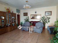 Eladó családi ház, Veszprémben 19.5 M Ft, 5 szobás
