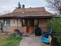 Eladó családi ház, Kecskeméten 15.999 M Ft, 2 szobás