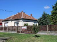 Eladó családi ház, Viszneken 8.9 M Ft, 3 szobás