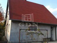 Eladó családi ház, Tatabányán 15.3 M Ft, 3 szobás