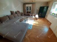 Eladó családi ház, Szegeden 51 M Ft, 6 szobás