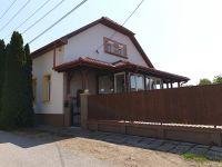 Eladó családi ház, Székesfehérvárott 69 M Ft, 3+1 szobás