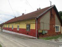 Eladó sorház, Miskolcon, Taksony utcában 5 M Ft, 2 szobás