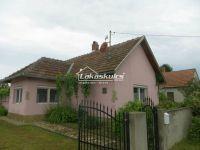 Eladó családi ház, Szőkedencsen 20 M Ft, 3 szobás