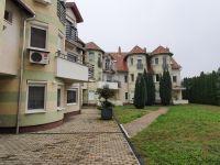 Eladó téglalakás, Szegeden, Fő fasoron 29.9 M Ft, 2 szobás