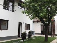 Eladó családi ház, Vácon 95.9 M Ft, 6 szobás
