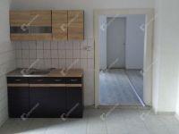 Eladó családi ház, Veszprémvarsányon 15 M Ft, 3 szobás