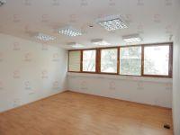 Kiadó iroda, Egerben 2200 E Ft / hó, 20 szobás