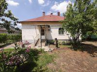 Eladó családi ház, Adonyban 29.9 M Ft, 2+1 szobás