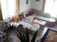 Eladó családi ház, Veszprémben 90 M Ft, 10 szobás
