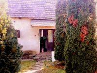 Eladó családi ház, Acsában 20.5 M Ft, 2 szobás