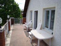 Eladó családi ház, Balatonfüreden 105 M Ft, 10 szobás
